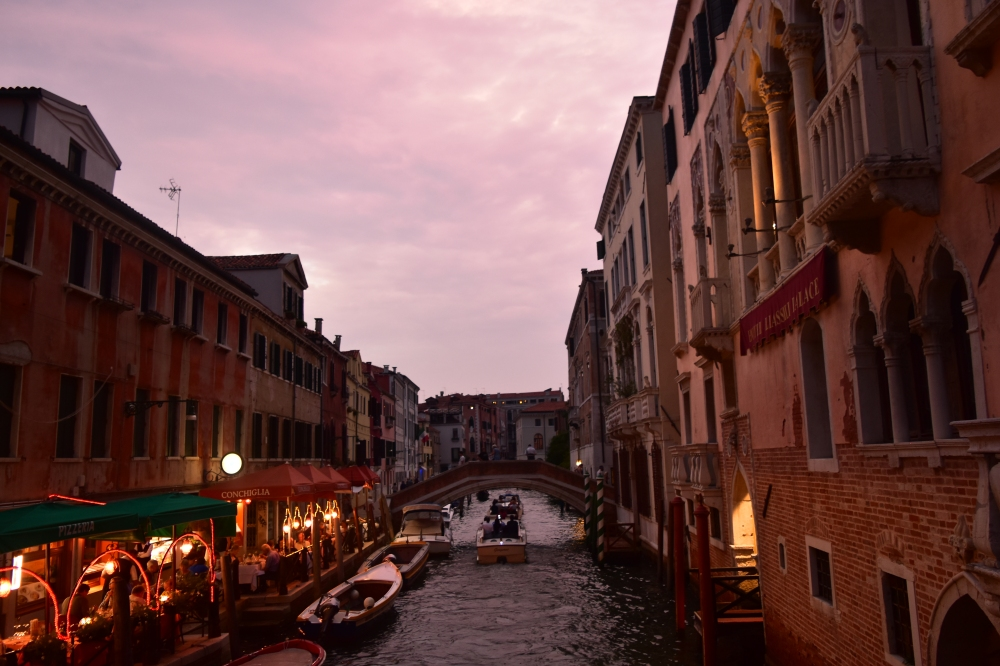 Travel to Venice alone